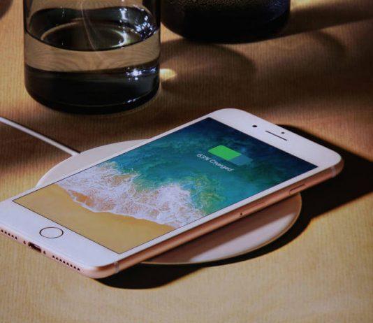 Apple iPhone Qi